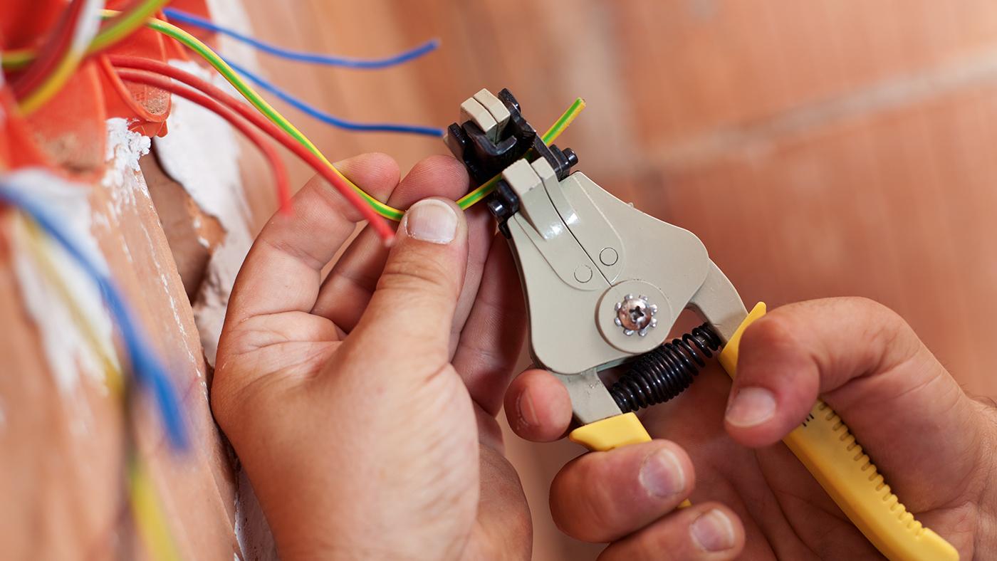 Sichere Elektroinstallation Von Expert